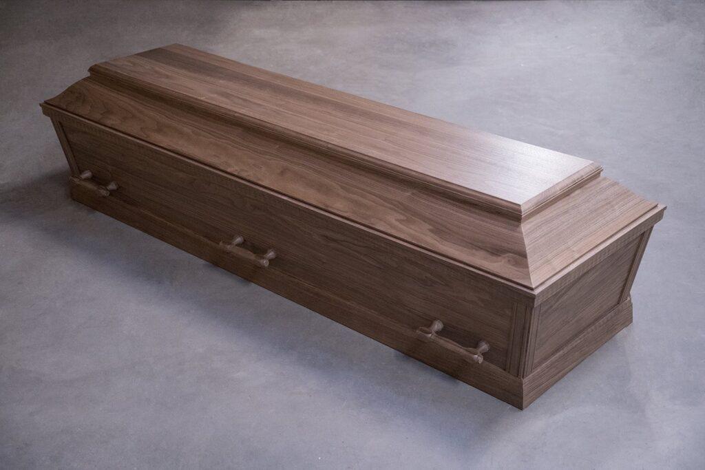 fuglebjergkistefabrik begravelse naturtræ valnød